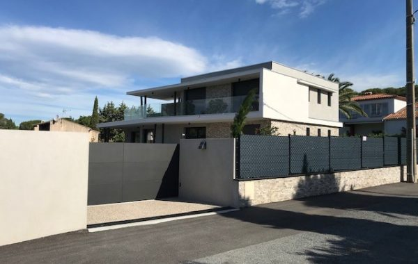 Construction villa contemporaine - SAINT-RAPHAEL